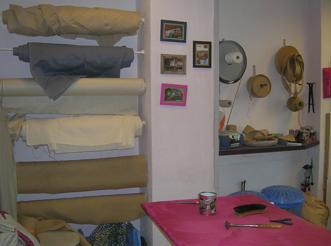 tapissier valence img sommier tapissier lattes x cm colocation passage des epaillettes. Black Bedroom Furniture Sets. Home Design Ideas